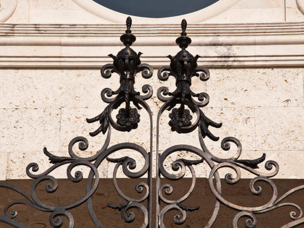 filter_Metal Gate Accents