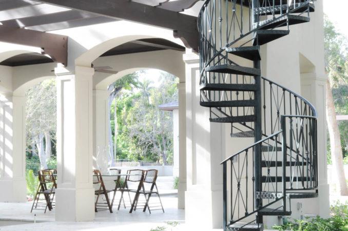 filter_Metal Exterior Spiral Stair
