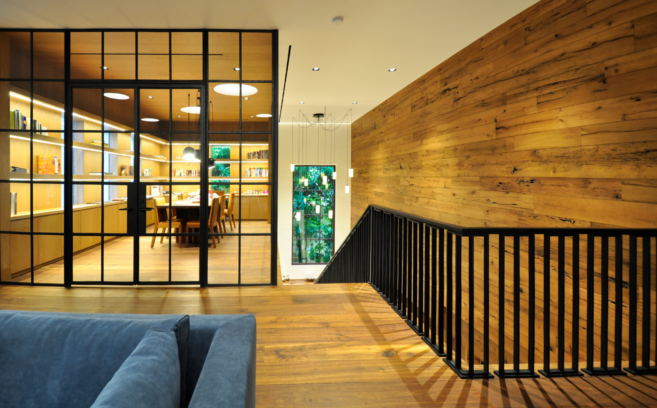 BOLD CONTRASTS SPACES WITH PERSONALITY 1 - Belt Atelier