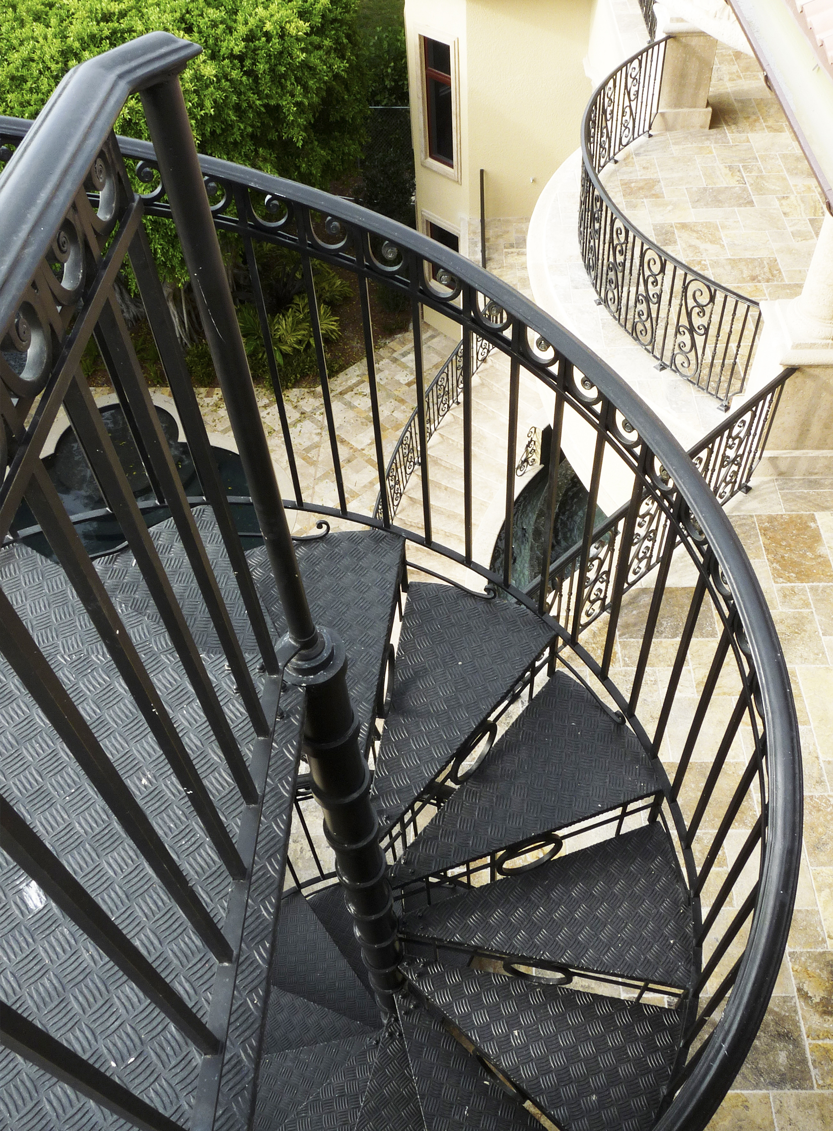 The Spiral Stair Attraction 6 - Belt Atelier